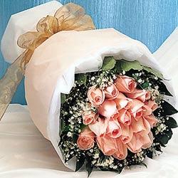 12 adet sonya gül buketi anneler günü için olabilir   balgat çiçek siparişi Ankara çiçek yolla