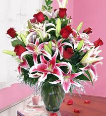 balgat çiçek siparişi Ankara çiçek yolla  harika vazo tanzimi gül - kazab