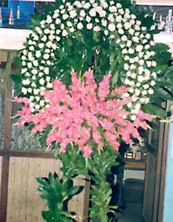 Cenaze çelenk , cenaze çiçekleri , çelengi  Balgat Ankara çiçek siparişi sitesi
