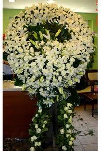 Cenaze çelenk , cenaze çiçekleri , çelengi  çiçek satışı ankara balgat çiçekçi