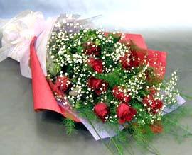 10 adet kirmizi gül çiçegi gönder  hediye sevgilime hediye çiçek