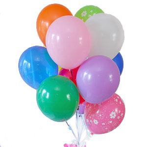 17 adet farkli renklerde uçan balon demeti