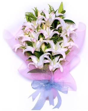 5 dal kazablankadan muhteşem buket  Balgat Ankara uluslararası çiçek gönderme