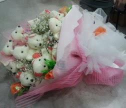 Balgat Ankaradaki çiçekçiler  21 adet ayıcıktan ayı buketi