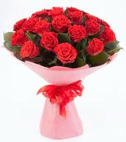 12 adet kırmızı gül buketi  Ankara internetten çiçek satışı