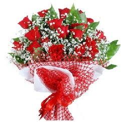 11 kırmızı gülden buket  Balgat Ankara çiçek online çiçek siparişi