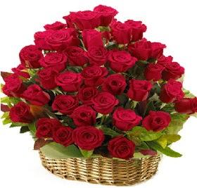 41 adet kırmızı gül sepet içerisinde  çiçek mağazası , çiçekçi adresleri