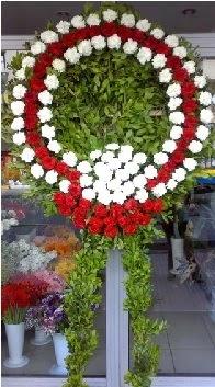 Cenaze çelenk çiçeği modeli  hediye sevgilime hediye çiçek