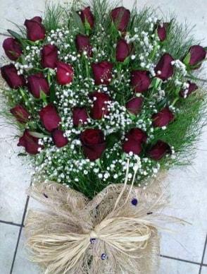 33 Adet gülden kız isteme çiçeği buketi  çiçek satışı ankara balgat çiçekçi