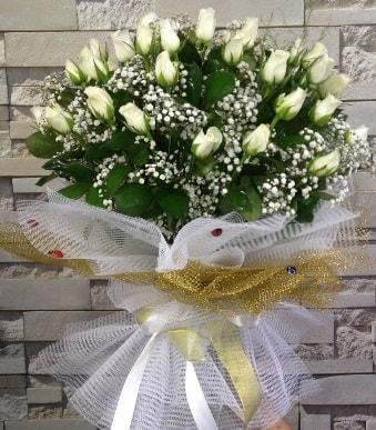 41 adet beyaz gül kız isteme buketi  çiçek satışı ankara balgat çiçekçi