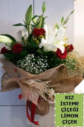 3 dal kazablanka 13 adet kırmızı gül  Ankara İnternetten çiçek siparişi